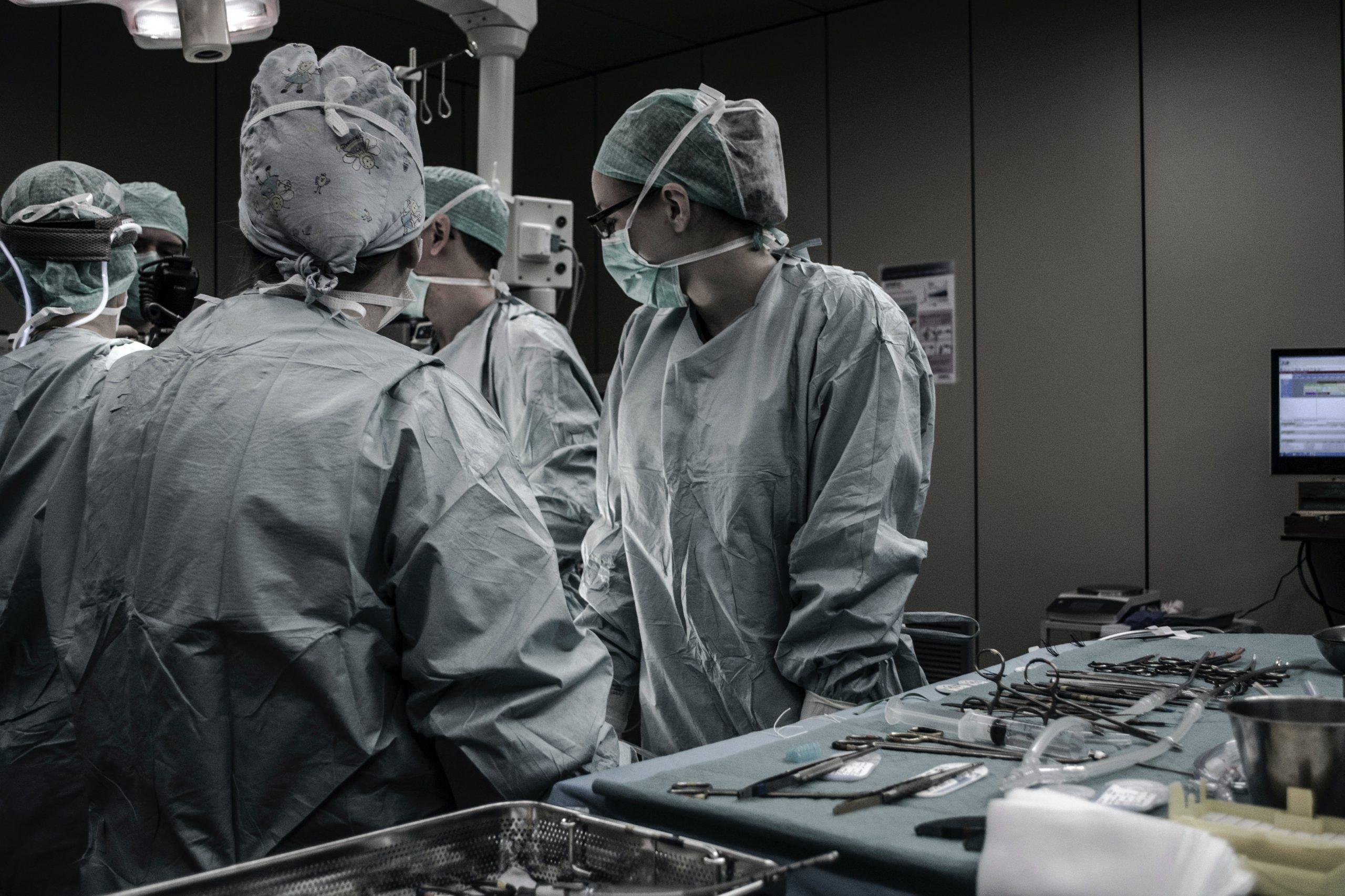 Dem Fachkräftemangel im Gesundheitswesen mit dem Swiss Arbeitgeber Award begegnen